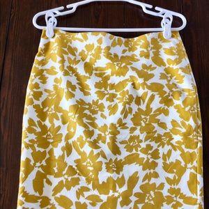 LOFT Yellow & White Floral Pencil Skirt - 6p